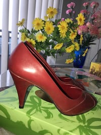 Women's shoes - size 9 Vaughan
