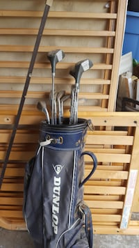 Dunlop Golf Club and Bag