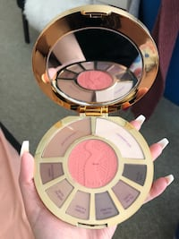 round white and pink make up palette Toronto, M1P 0A9