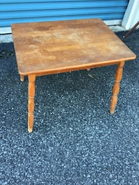 Child's wooden table Johnstown, 15905