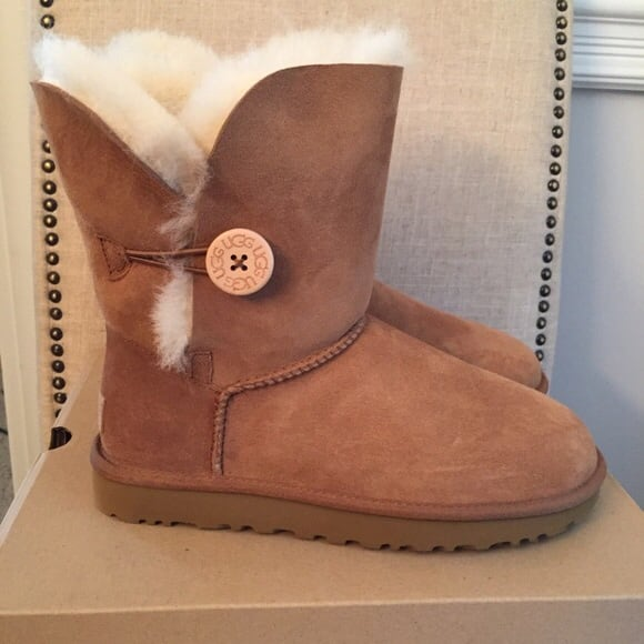 Ugg size 9 new
