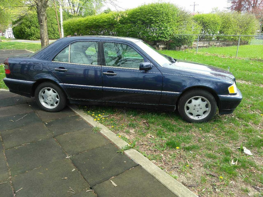 Used 98 mercedes benz 1900 in reading for Mercedes benz of reading