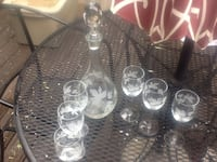 ETCHED CRYSTAL WINE DECANTER AND SET OF 6 GLASSES Harrisburg, 28075
