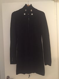 Bench black zip up sweater  Vancouver, V6G 1W9