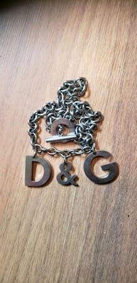 D&G NECKLACE  Calgary, T2B 0H6