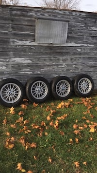 BMW wheels with winter tires. Rims are in great shape, tires are brand new Hagerstown, 21740