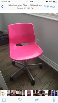 Pink desk chair in excellent condition  Mississauga, L5M 6L9