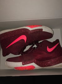 Kyrie 3 fruit punch size 5.5 Burlington, 01803