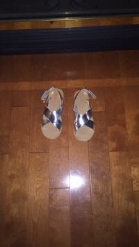 Pair of white-and-sliver sandals Kitchener, N2A 4G1