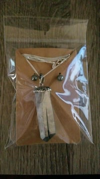 Silver stone pendant with natural stone earrings  Prince George, 23875