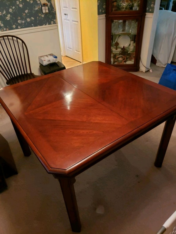 Used Dining Room Table Amp Chairs For Sale In Tampa Letgo