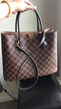 Authentic Louis Vuitton Kensigton Aldie, 20105