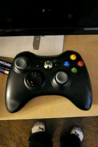 Xbox360 game console controller Naperville, 60540