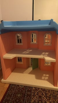 brown and white plastic dollhouse Mississauga, L5R 3M4