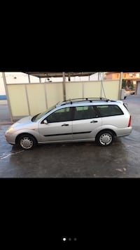 ford - focus ranchera - 2001 Alicante