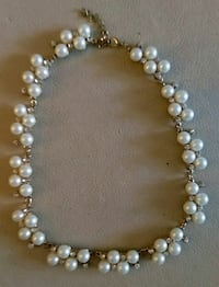 Girl's pearl necklace Houston, 77042