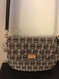 NEW Michael Kors Crossbody/Shoulder Bag Rutherford, 07070