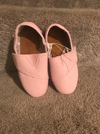 Size 10 girl shoes  Fillmore, 93015