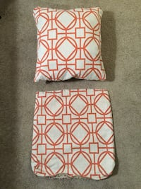Two pillow covers Frederick, 21701