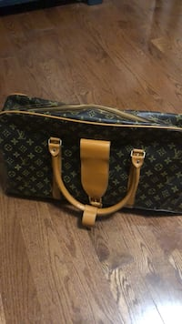 Louis Vuitton Duffle Bag Pickering, L1V 2P9