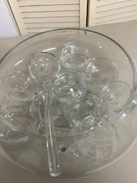 Crystal bowl and cups