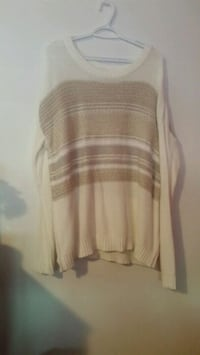 white and brown scoop-neck long-sleeved shirt Toronto, M1C 3Y4