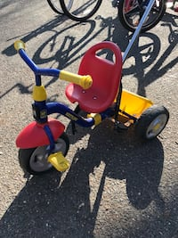 Kettle Tricycle with handle Brookeville, 20833