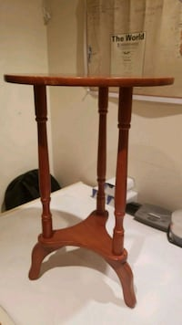Antique Wooden Stand Vaughan, L4J 4S8