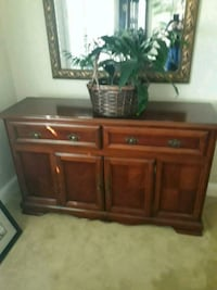 brown wooden dresser with mirror San Lorenzo, 94580
