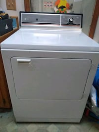Maytag dryer used but still works great Fairfield, 06825