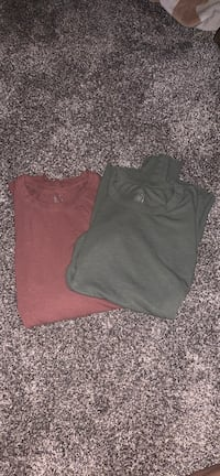 $15 for both ribbed aerie long sleeve shirts Fredericksburg, 22401