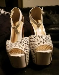 Shoes, white Leather ,Brown Cork Heels, Jessica Si Las Vegas, 89128