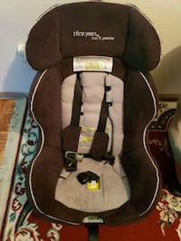 Car seat Winnipeg, R2J 1E1