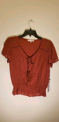 New with tag blouse size large  Glen Burnie, 21060
