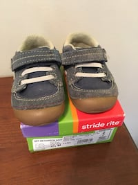 Stride Rite Toddler shoes  Vienna, 22182