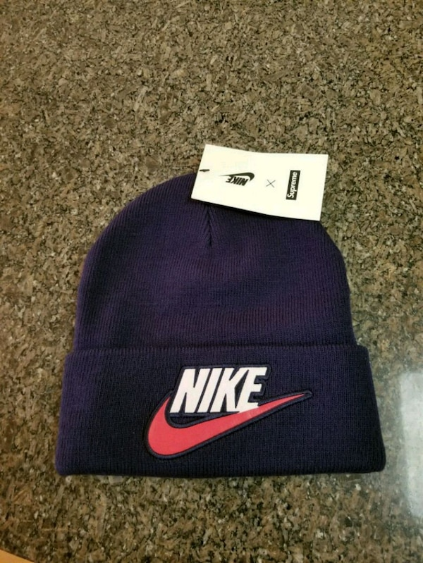 ba35f3b121e53 Used SUPREME x NIKE NAVY BEANIE (Brand new) for sale in Queens - letgo