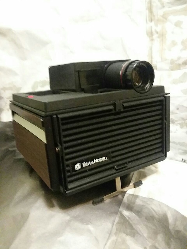 Bell Howell Slide Cube System 2 Projector