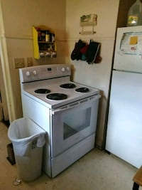Stove and oven  pick up Springfield, 65802
