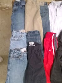Boys lot of size 5 jeans, khaki's,& athletic pants Chelsea, 35043