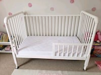 Crib/toddler bed Fort Erie, L2A 5P2