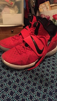 Lebron s red and black shoes Oklahoma City, 73159