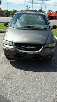 1999 chrysler town and country  Rock Hill, 29730