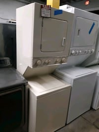 24IN. LAUNDRY CENTER WORKING PERFECTLY