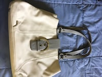 Authentic Coach white leather purse Burnaby, V5J 3K5