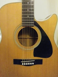 Electric acoustic guitar Calgary, T2Z
