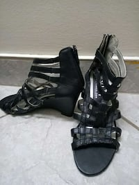 women's black leather chunky heeled sandals Moncton, E1C 4N2