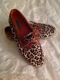Sperry Cheetah print slip on shoes College Station, 77845