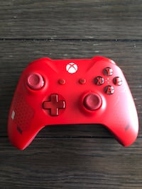 Red Xbox sport controller