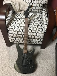 Hamer Slammer metaflake electric guitar with Floyd Rose pickups and case 250 obo local pickup in manassas Manassas, 20110