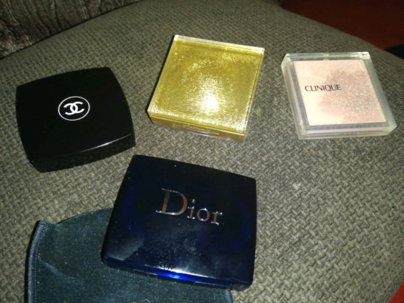 4 sett Chanel, Dior, Divinora og Clinique.  1